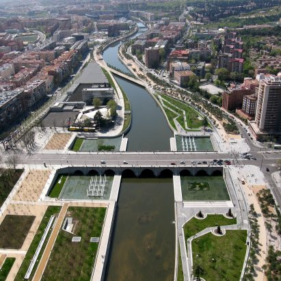 Madrid Rio landscape architecture project by West 8