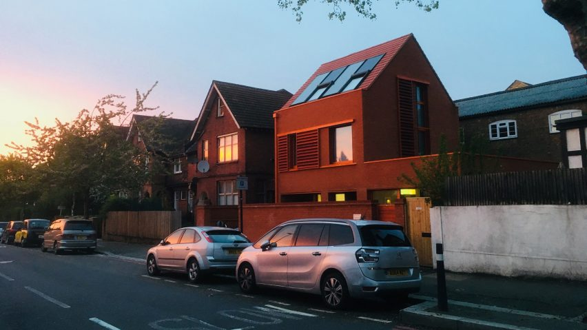 Ambleside Avenue by Pace Jefford Moore Architects
