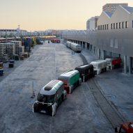 Renault imagines convoys of driverless pods that deliver parcels and pop-up shops