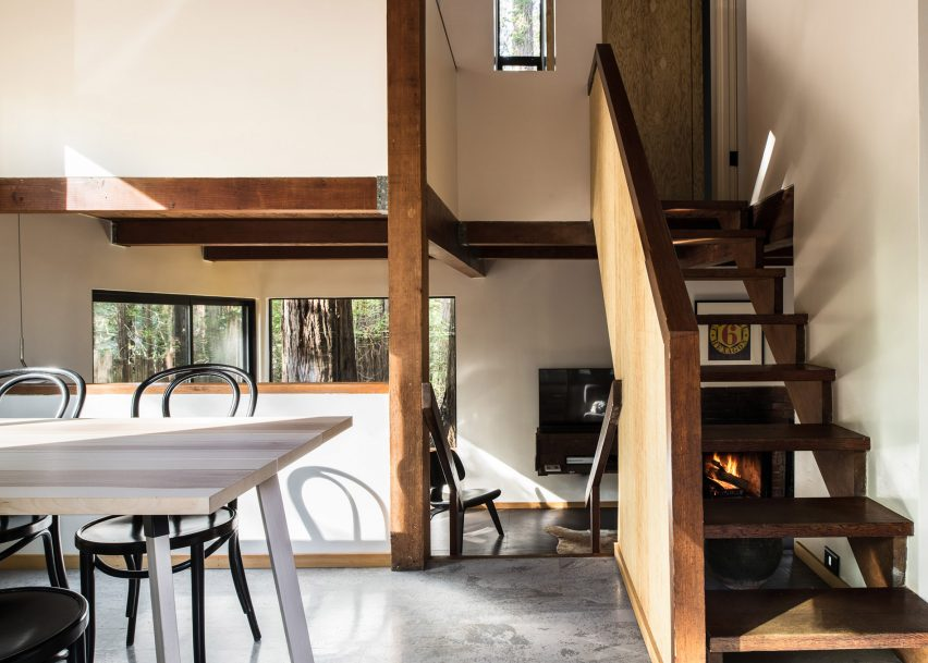 Sea Ranch Cabin by Joseph Esherick, renovated by Framestudio
