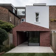 "Trewhela Williams' Sinter House extension ""celebrates the sculptural potential of brickwork"""