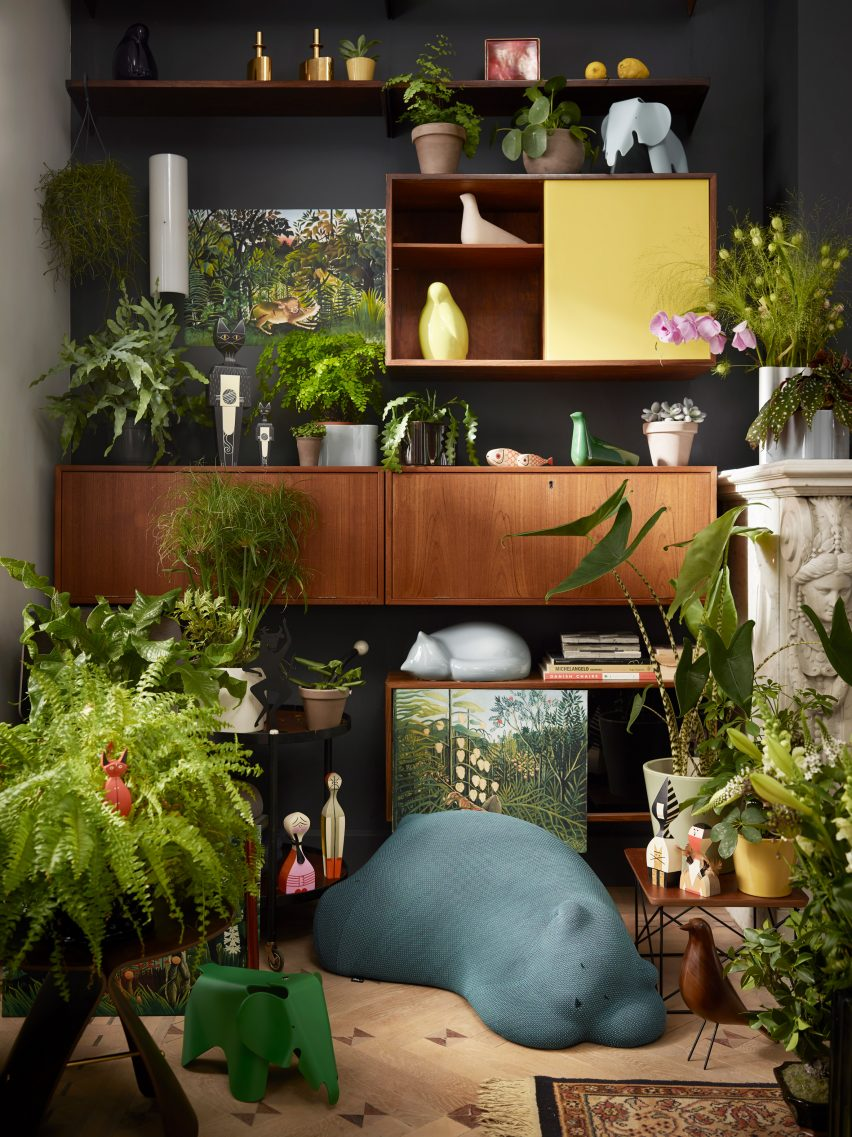 Vitra asked us to come up with an idea for their range of accessories and it started with conversations about bringing a sense of nature to a room