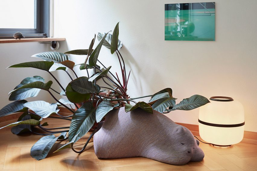 Front's sleeping animals for Vitra are companions for the home