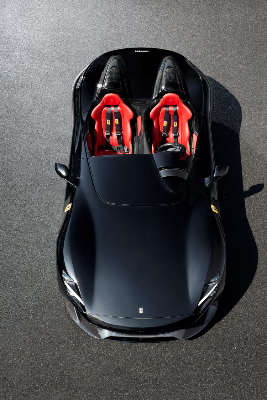 Ferrari S Monza Sp1 And Sp2 Sports Cars Have No Windshield Or Roof