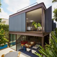 Sliding and pivoting walls open up Box House in São Paulo by FCstudio
