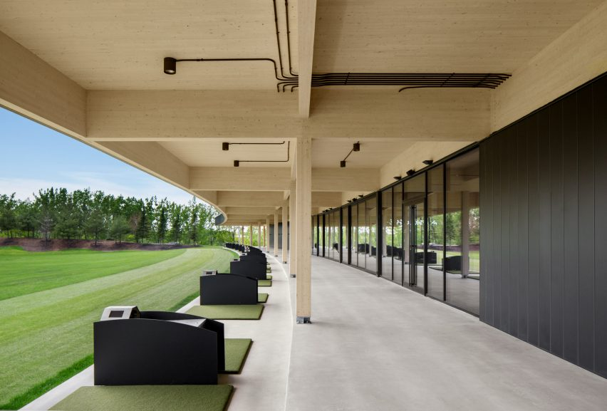 Golf Clubhouse by Architecture49