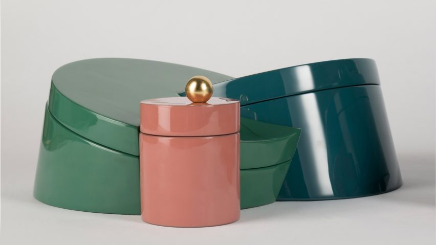 ec1b52e55 Lara Bohinc creates interlocking urushi lacquer boxes