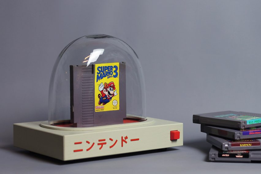 Love Hultén creates shrine to Nintendo Entertainment System