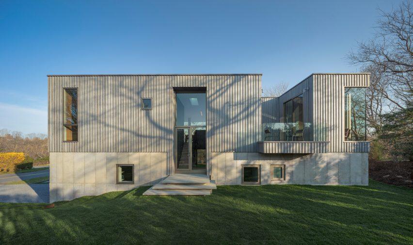 Montauk House by Desai Chia