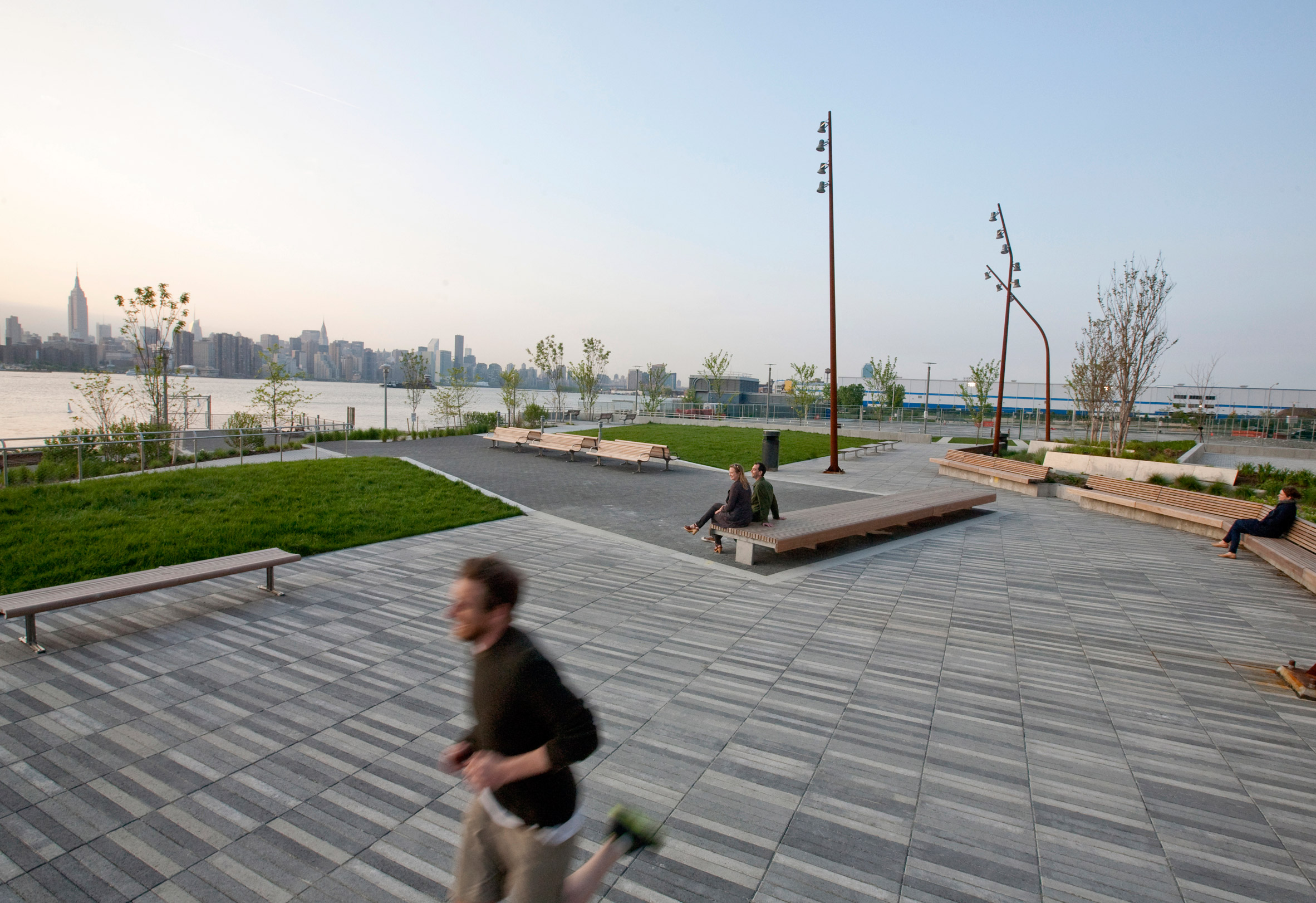 The Edge Park Williamsburg by W Architecture and Landscape Architecture