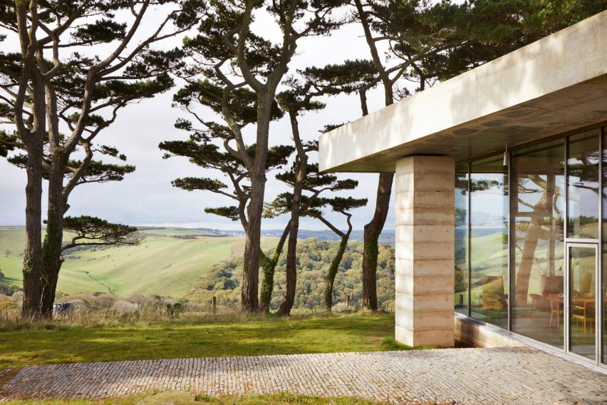 Peter Zumthor Completes Devon Villa In The Tradition Of Andrea