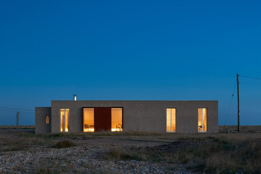 Johnson Naylor convert world war two pump station into Dungeness holiday home