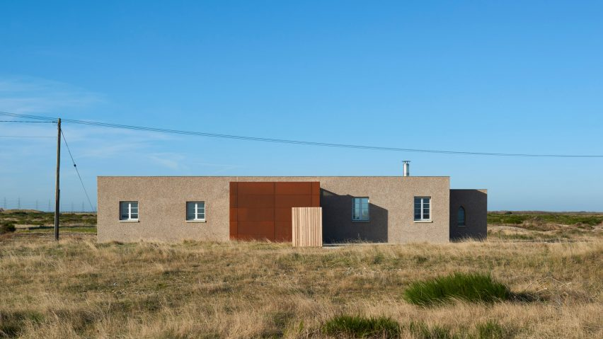 Johnson Naylor convert world war two pump station into holiday home