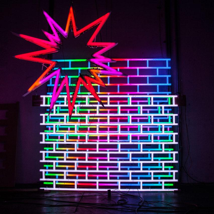 American Echo Chamber neon by José Carlos Martinat