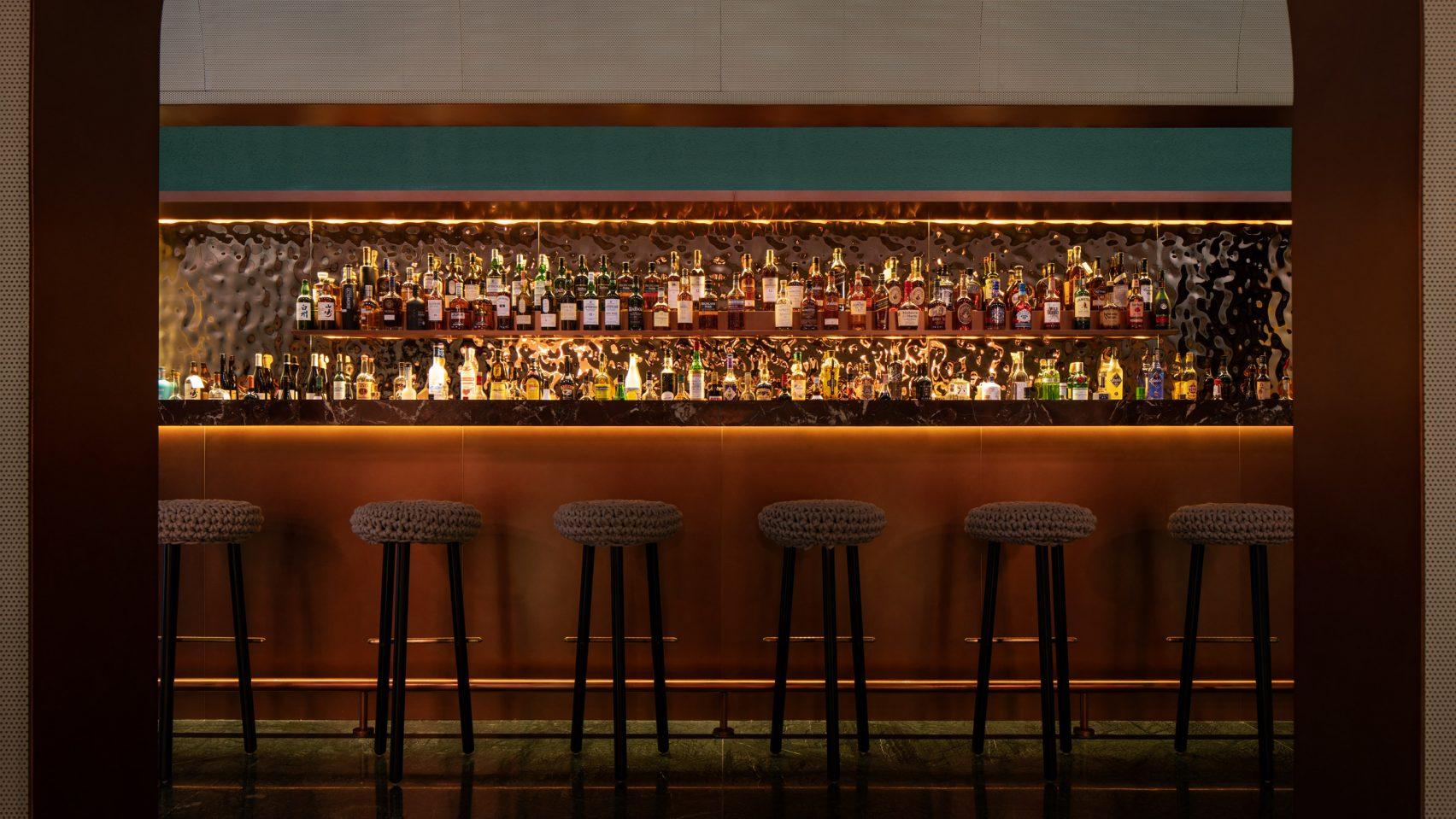 Бар Lotus: из кафе в коктейль-бар