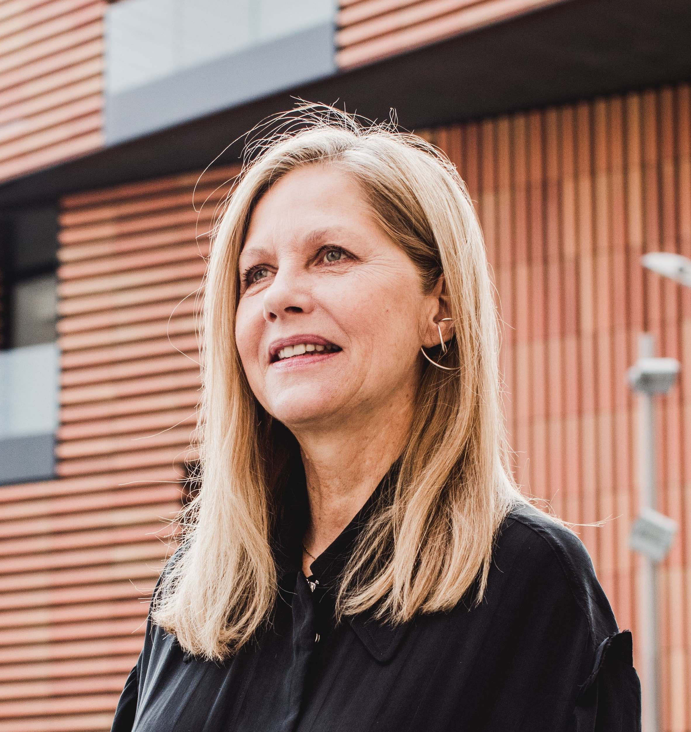 Martha Thorne is a speaker at Business of Design Week