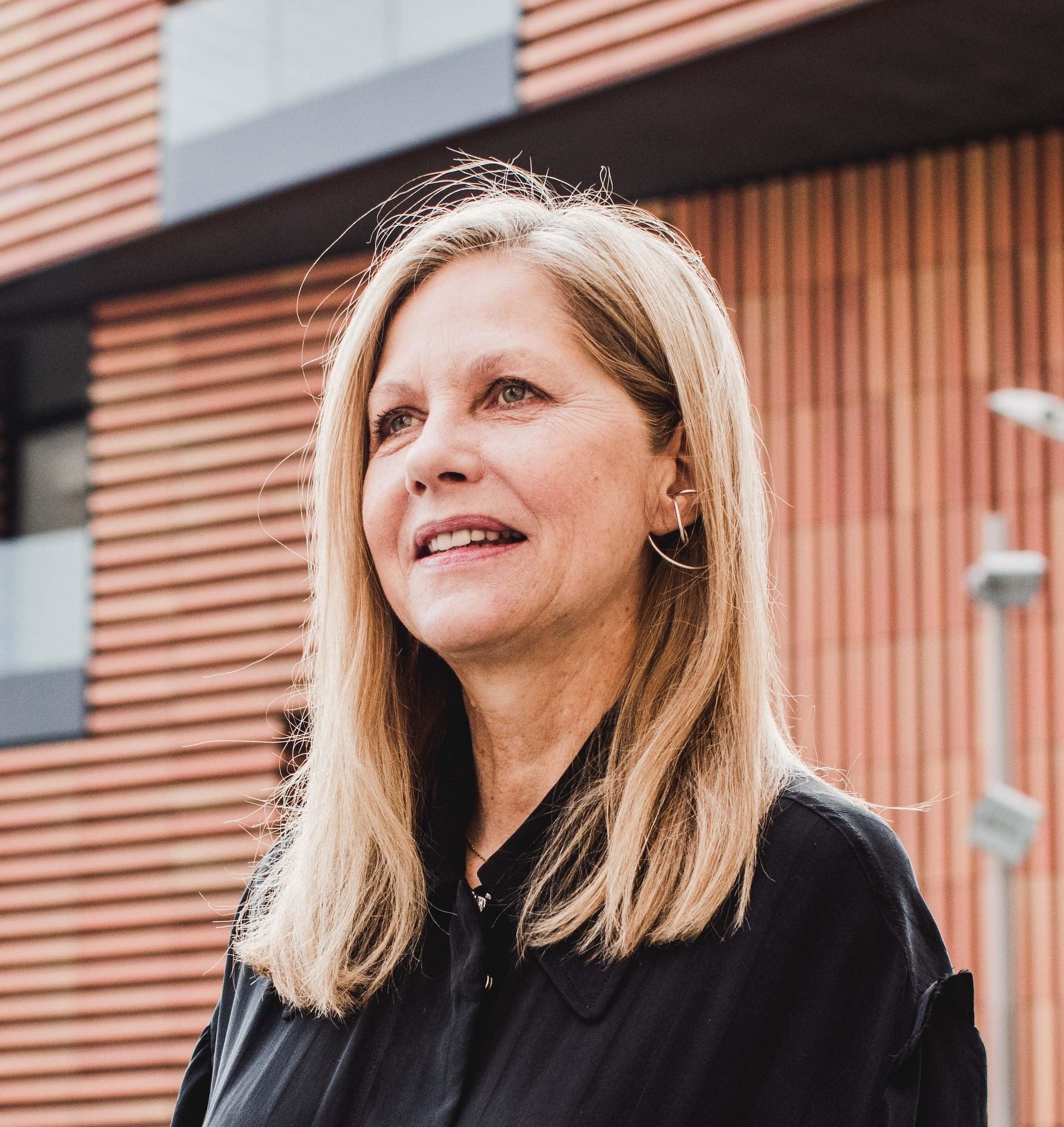 Martha Thorne is a speaker at Business of Design Week