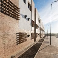 Housing for Argentinian teachers by Nomada and Eypaa