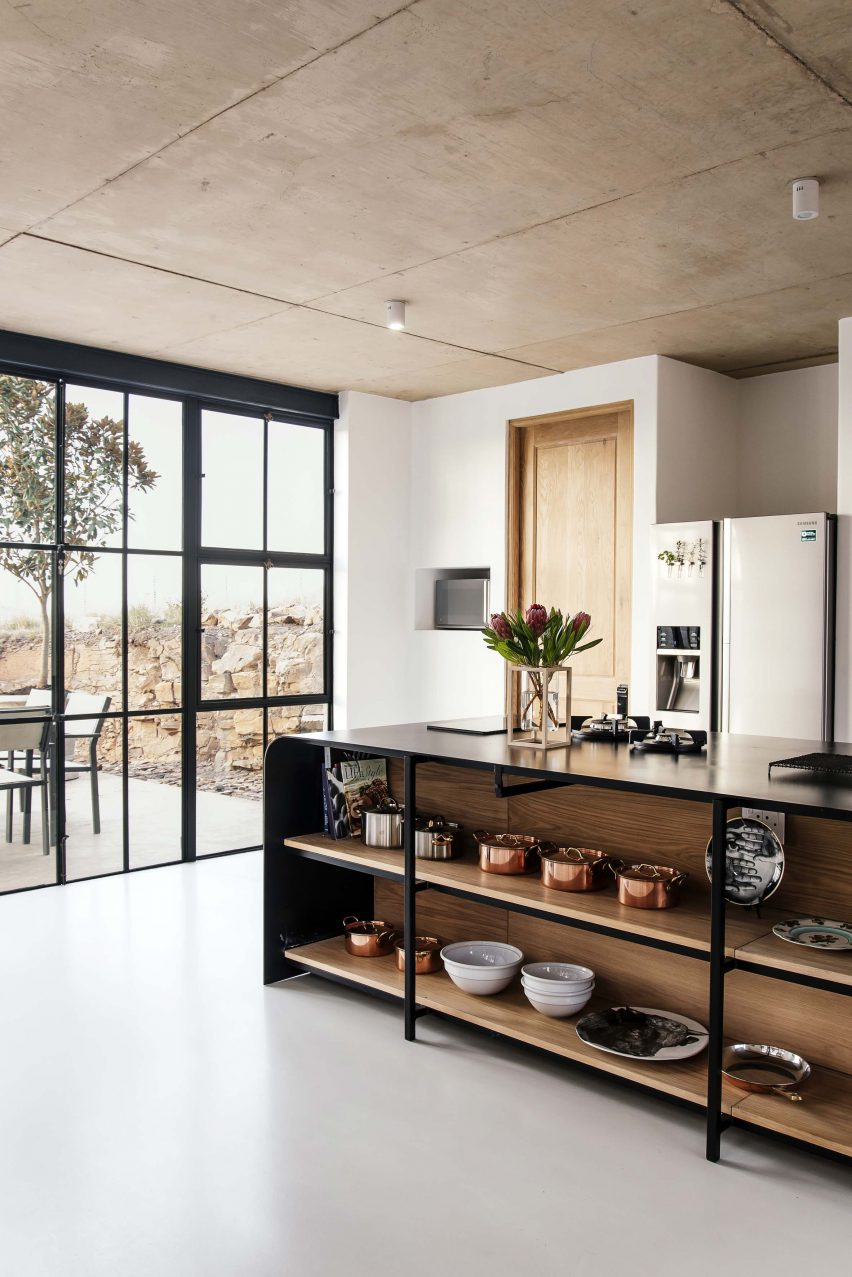 Kitchen of Conservatory House by Nadine Englebrecht in South Africa