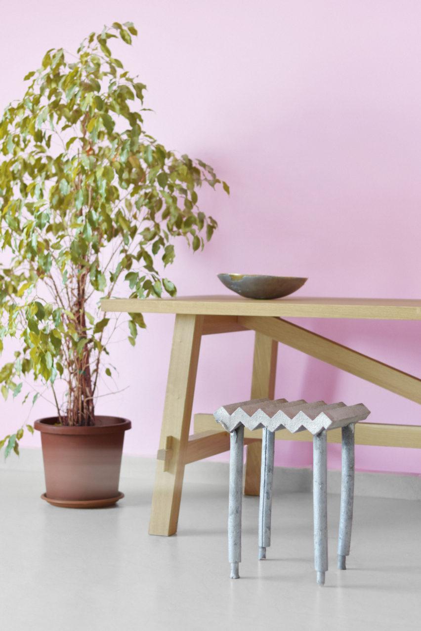 Desert cast chair collection by Jassim Al Nashmi, Kawther Al Saffar and Ricardas Blazukas