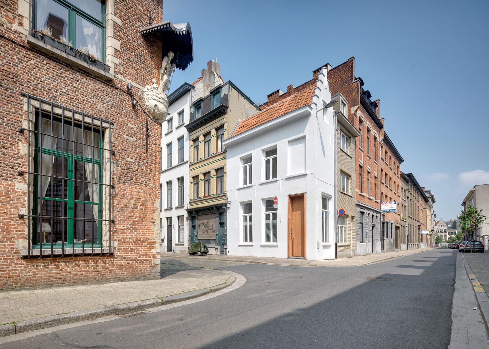 One Room Hotel, Belgium, by DMVA