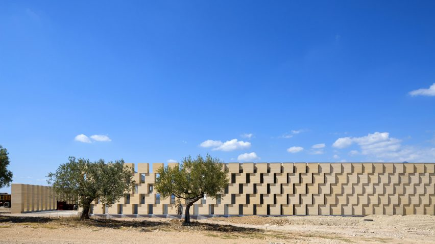 Domaines Ott winery by Carl Fredrik Svendstedt Architect