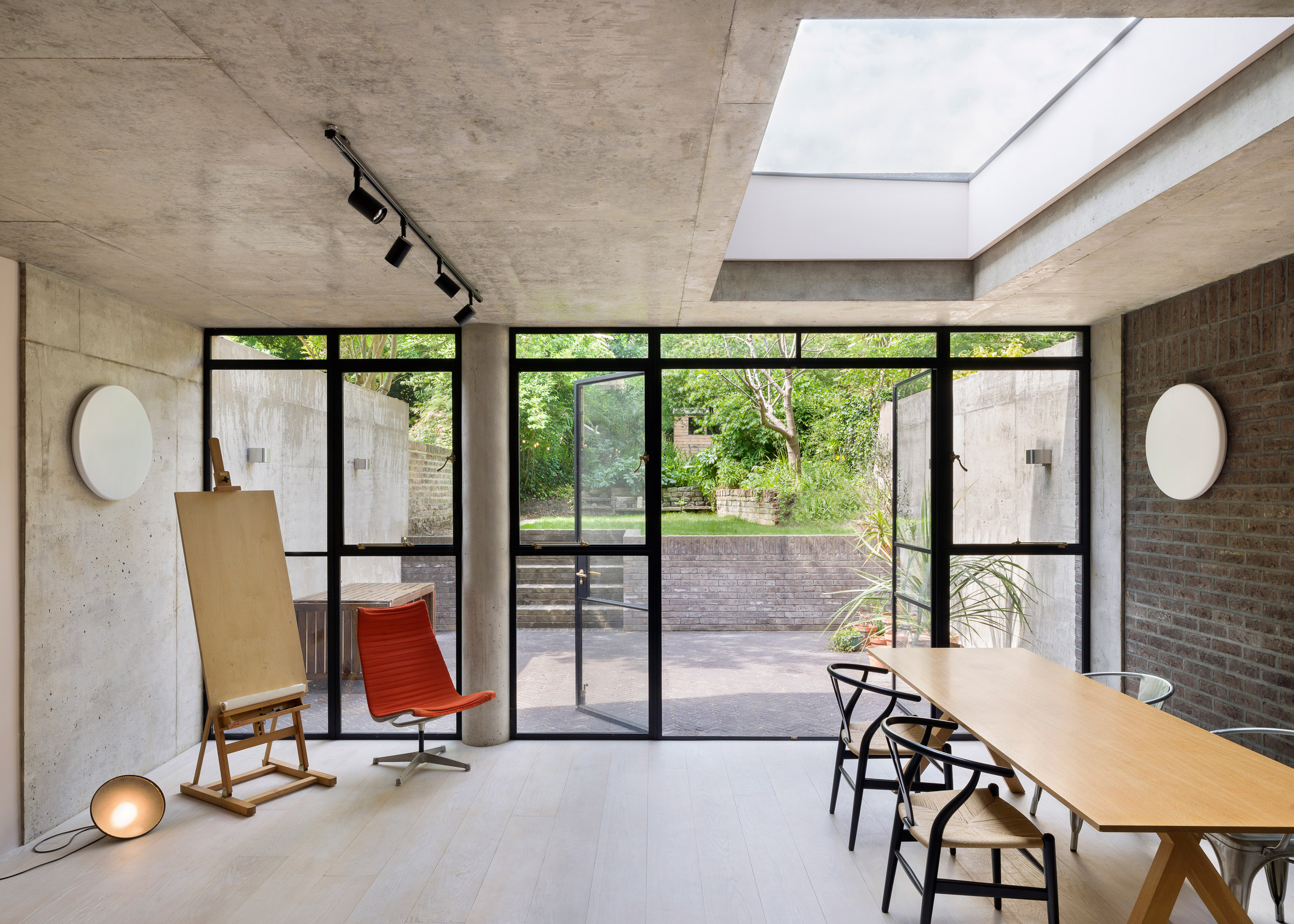 Lauriston Road, Hackney, by Gundry and Ducker