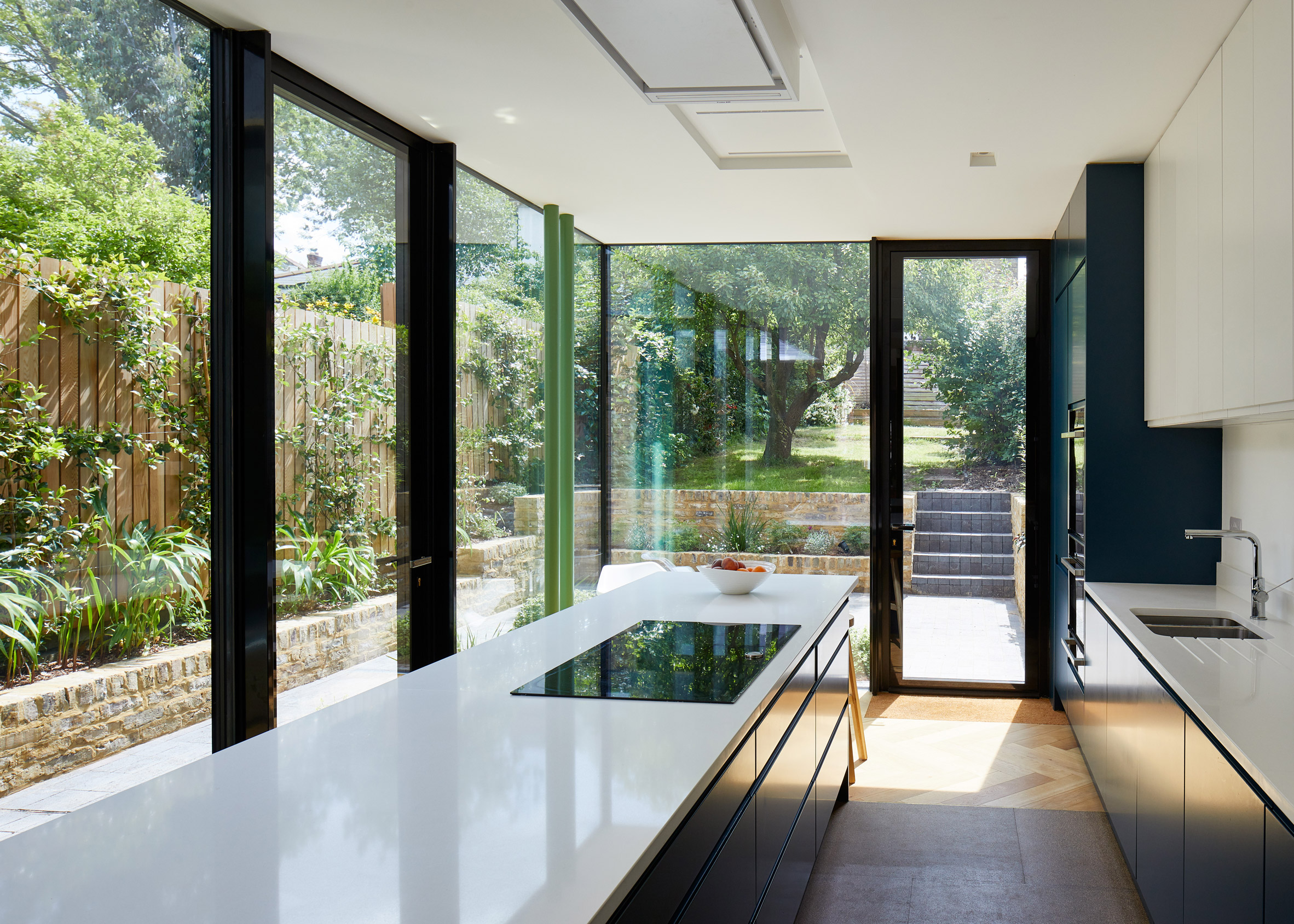 Long House, Southwark, by R2 Studio Architects