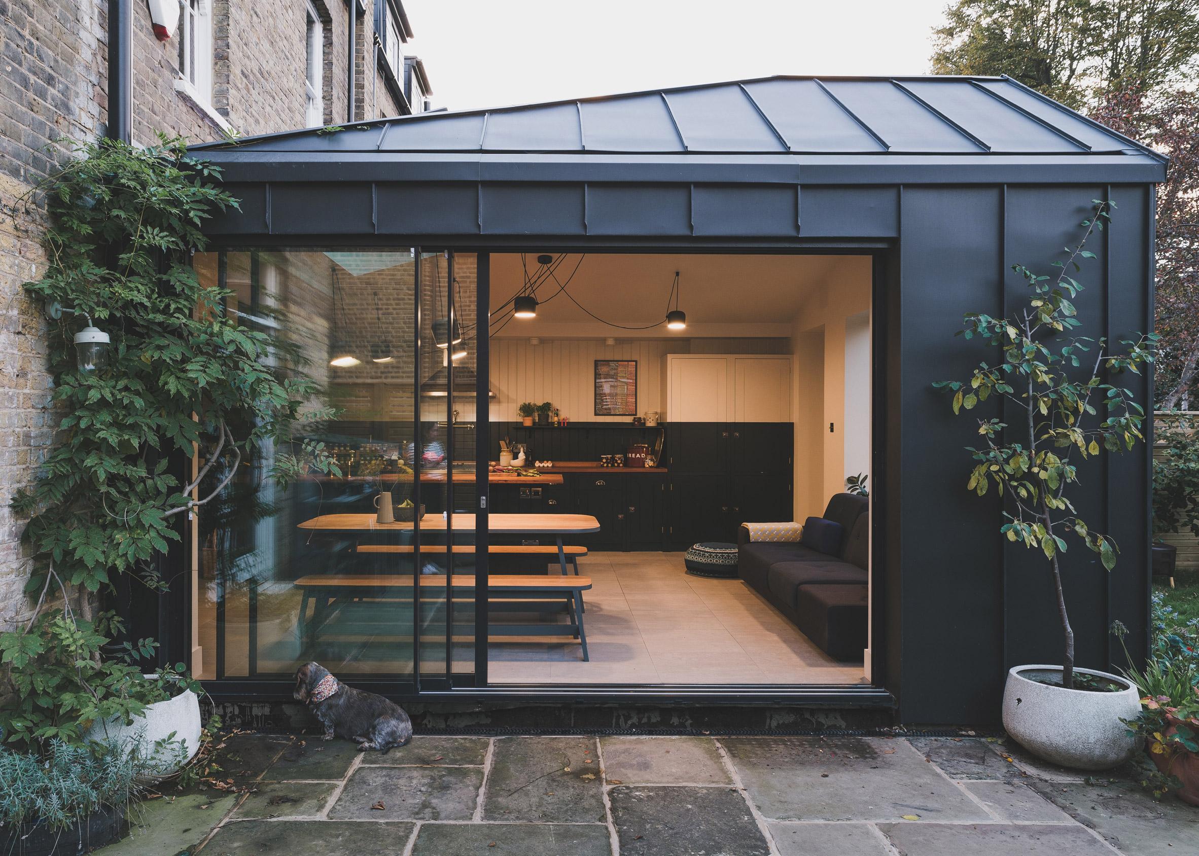 Micheldever Road, Lewisham, by Meme Architects