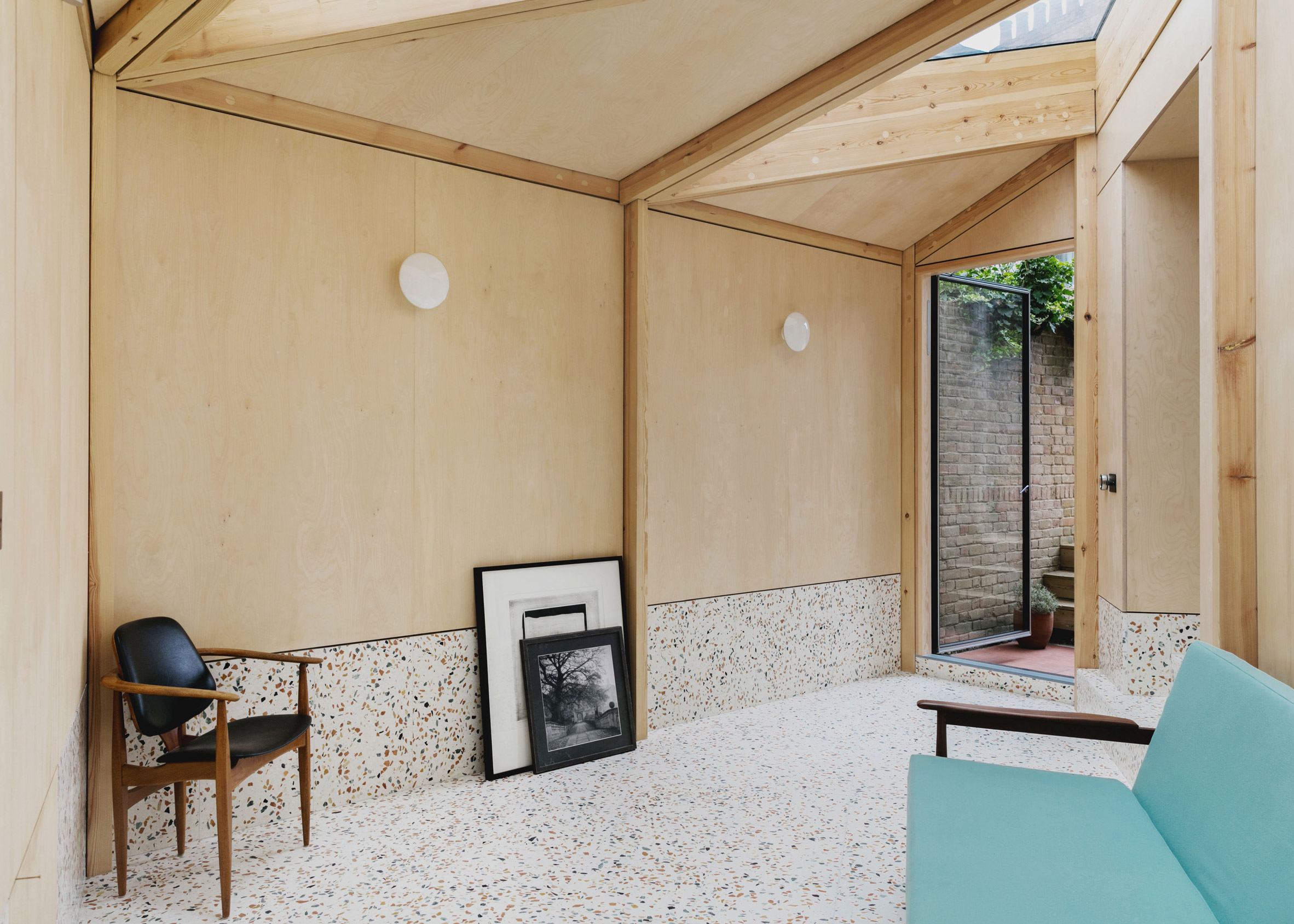 Montague Court, Hackney, by IF_DO