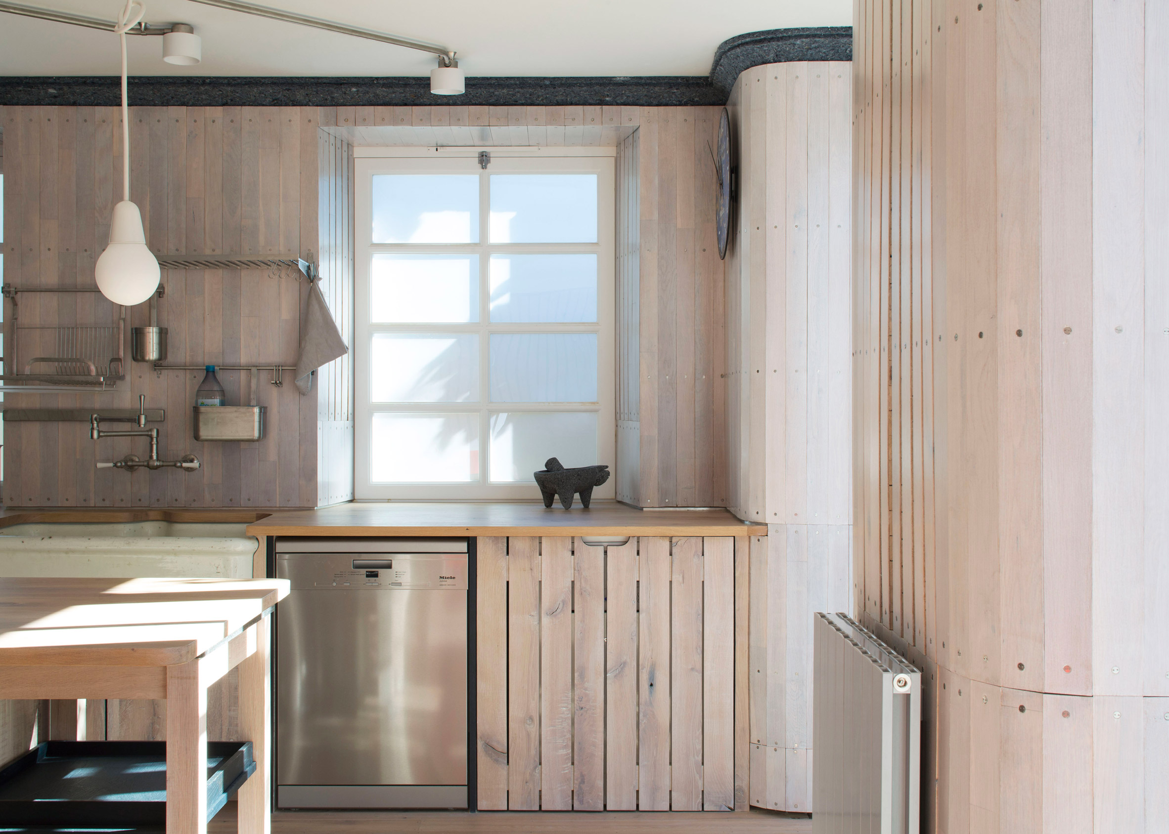 Reuse Flat, Hackney, by Arboreal Architecture