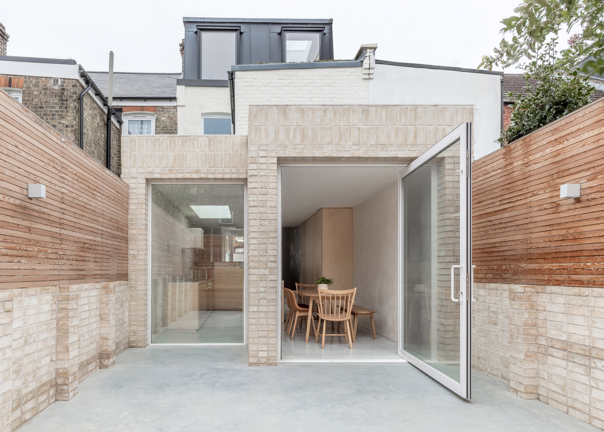 Roslyn Road, Haringey, by Magri Williams Architects