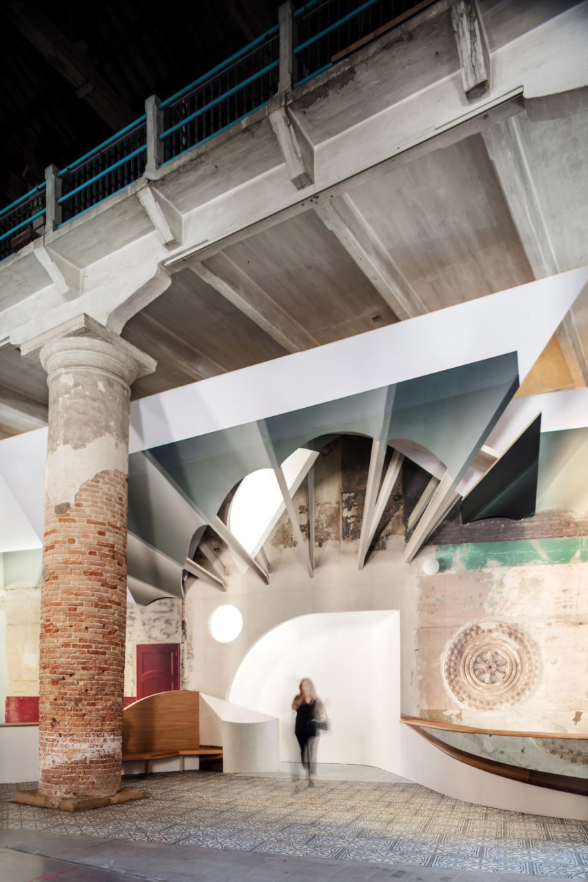 Sala Beckett theatre at Venice Architecture Biennale by Flores & Prats