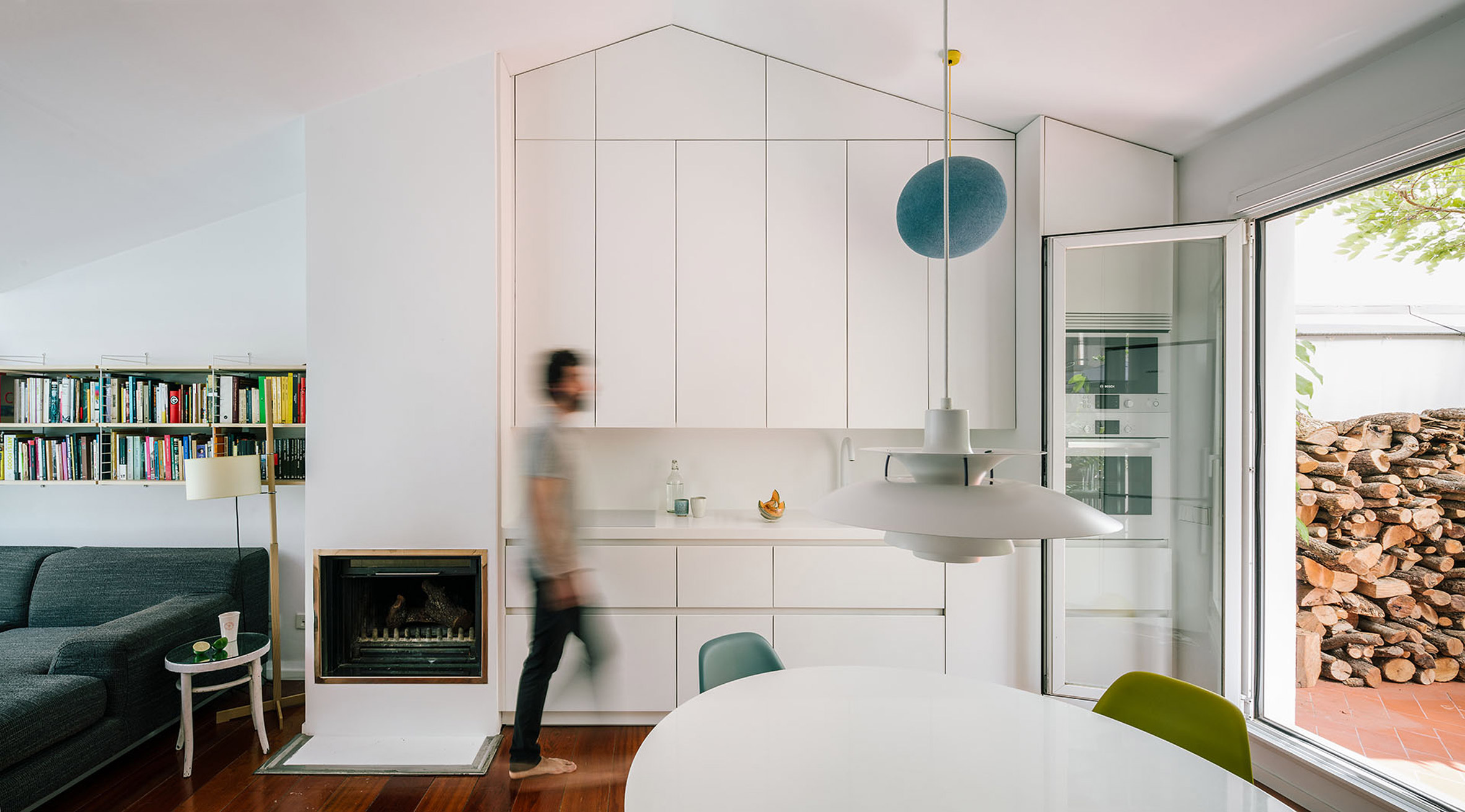 Interior shot of G House in Madrid by Gon Architects