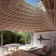 Gianni Botsford Architects tops House in a Garden with sweeping copper roof