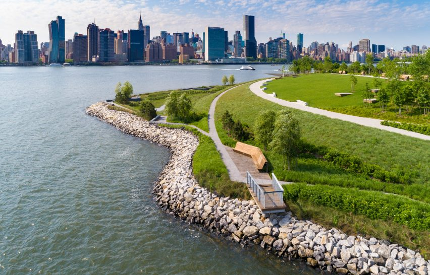 Hunter's Point by SWA/Balsley and Weiss Manfredi