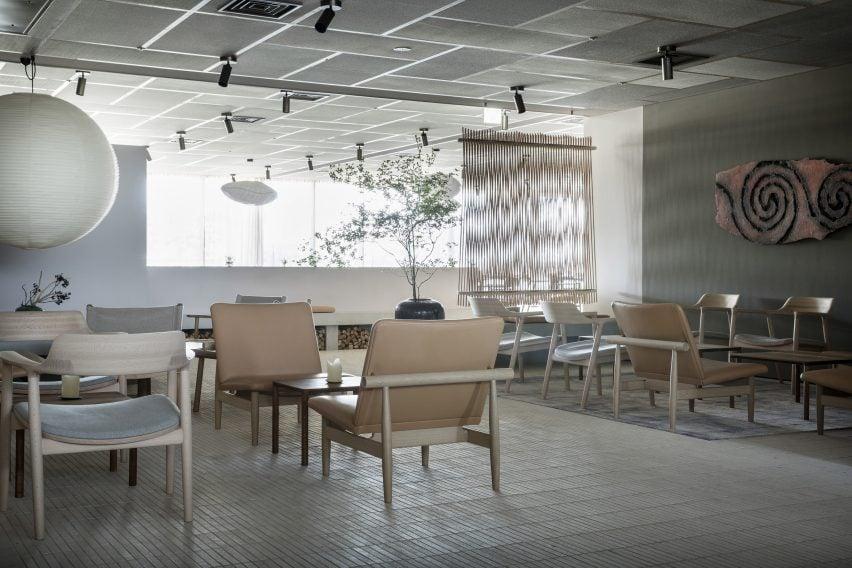 Inua restaurant by OEO Studio