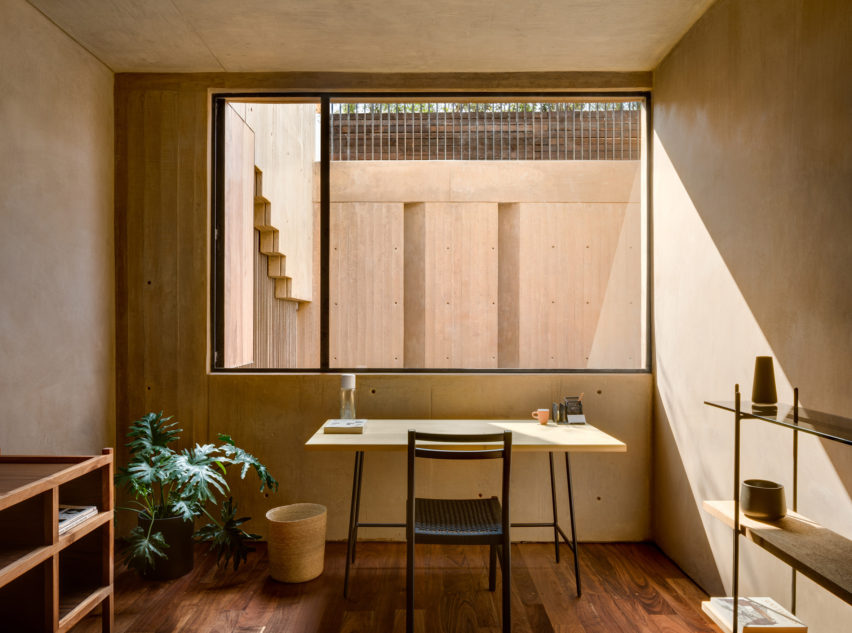 LC710, Mexico City by Taller Hector Barroso