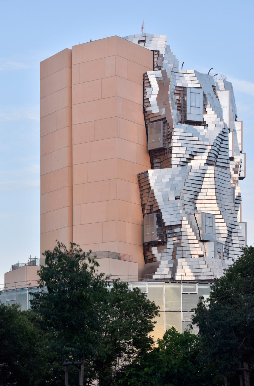 Luma Arles tower by Frank Gehry