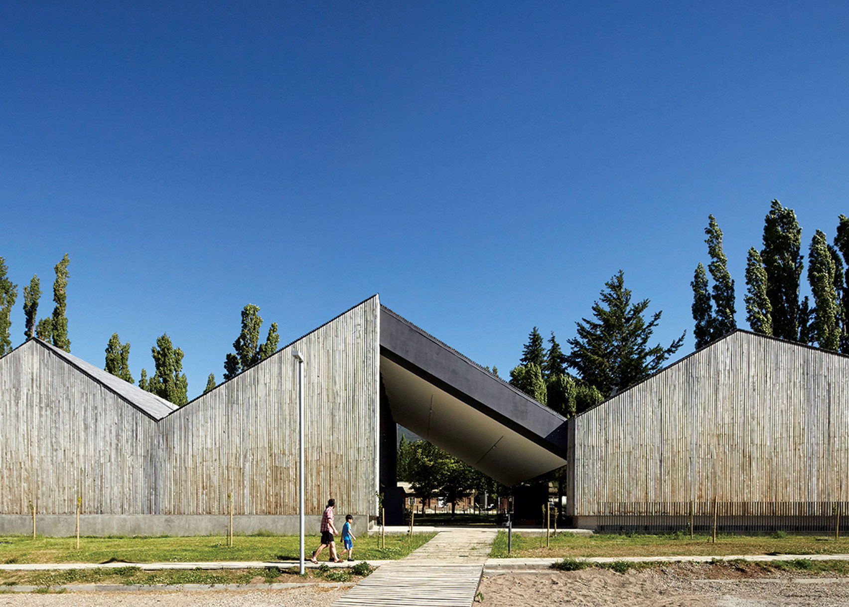 Museo Regional de Aysen by Tirado Arquitectos and Bbats Constulting Projects