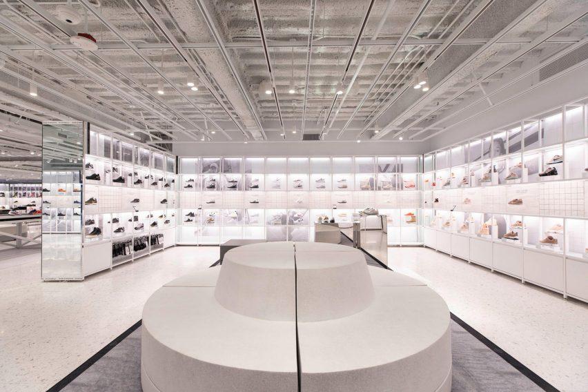 Nike New York flagship House of Innovation 000