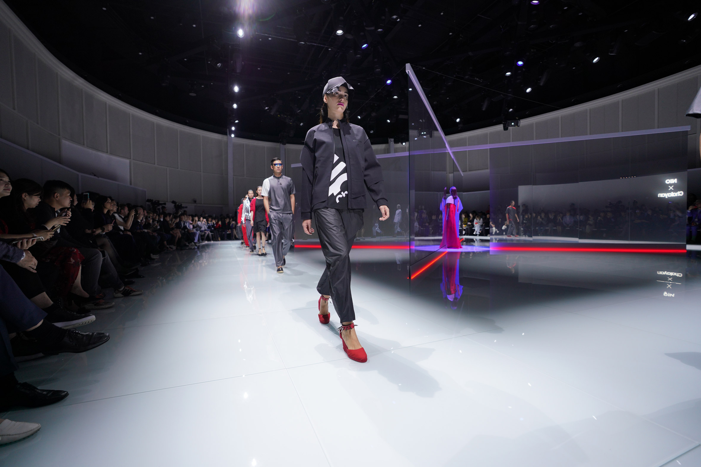 Nio clothing by Hussein Chalayan