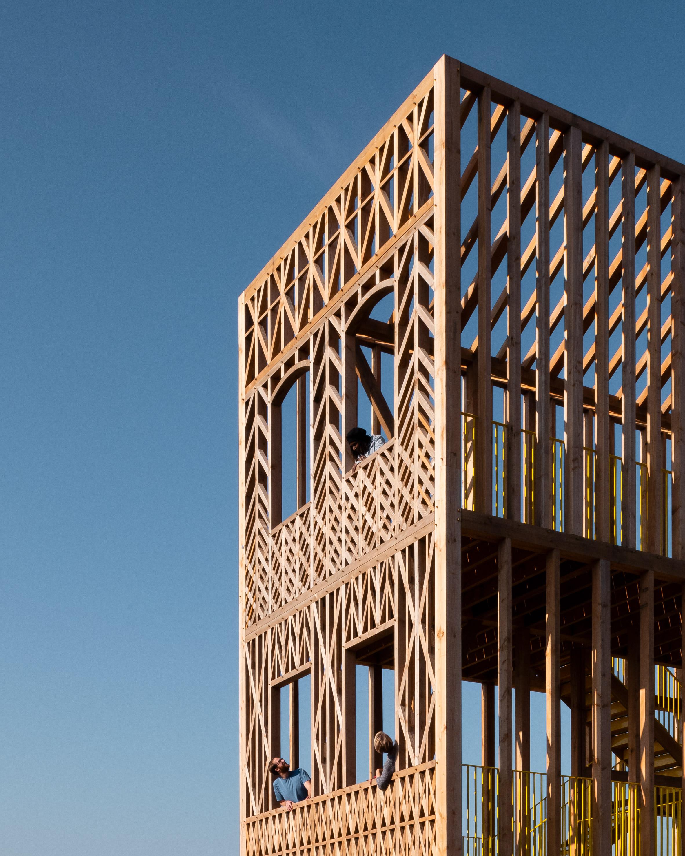 Terraced house pavilion by Studio Weave