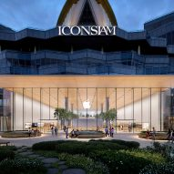 Foster + Partners use trees as partitions inside Thailand's first Apple store
