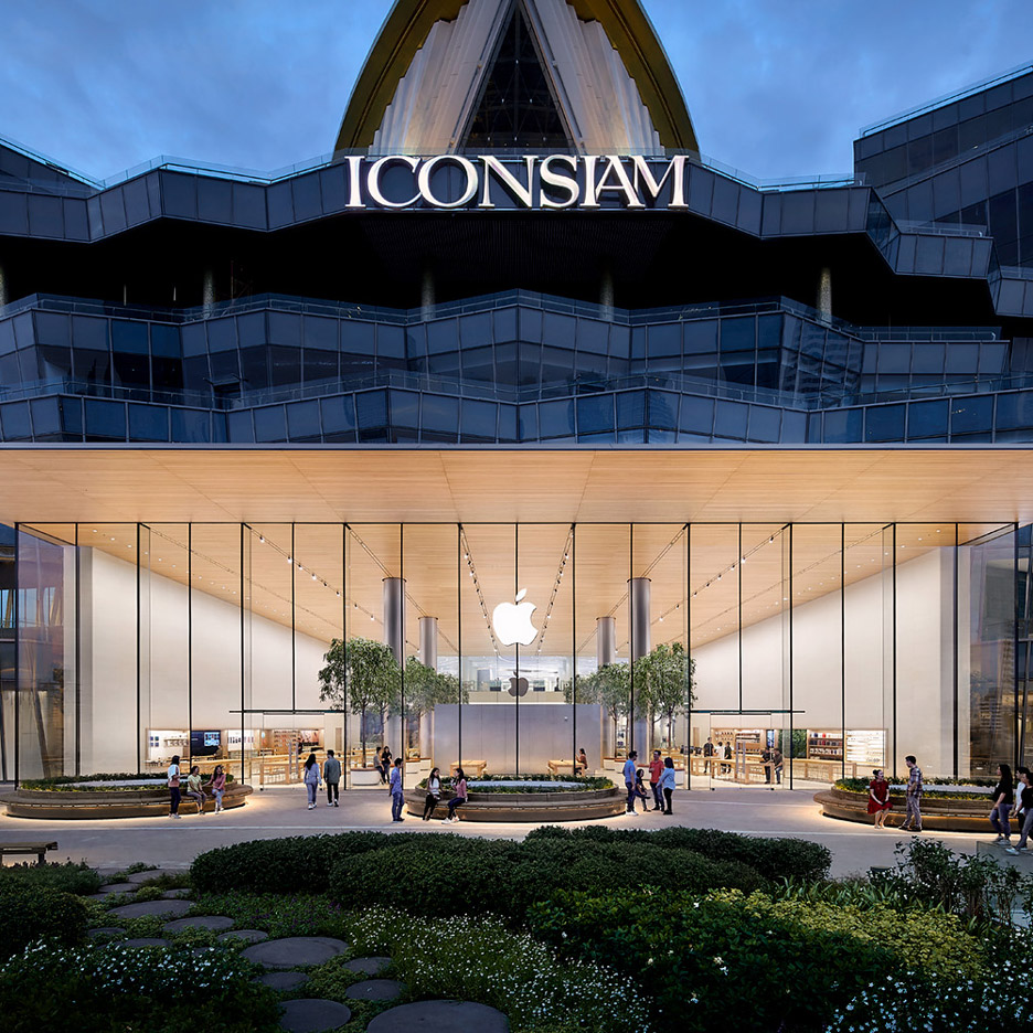 Foster + Partners Apple stores: Apple Iconsiam in Bangkok, Thailand by Foster + Partners