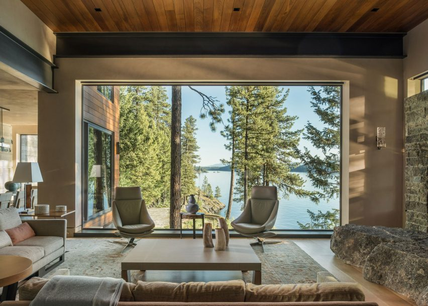 Cliff House, Idaho, by McCall Design