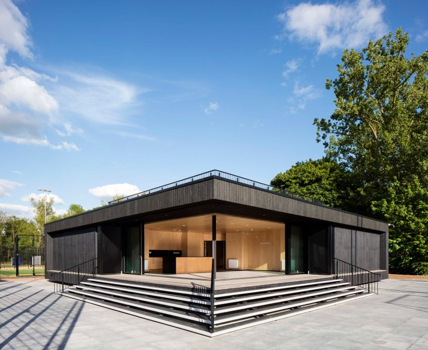 Eton college sports pavilion by Lewandowski Architects