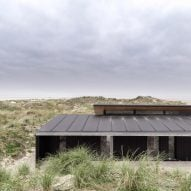 Knud Holscher celebrates Danish craft with summer house on Fanø island