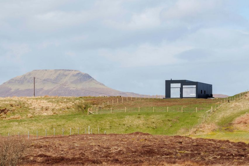 Harlosh, a house in the Isle of Skye, Scotland, by Dualchas Architects