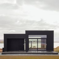 Dualchas Architects creates minimalist blackened-oak hideaway on Scotland's Isle of Skye